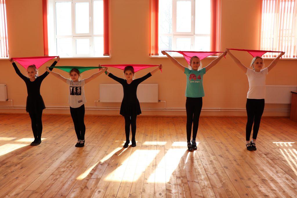 """В МБУК """"Центр культуры"""" проходят репетиции к Майским праздникам."""