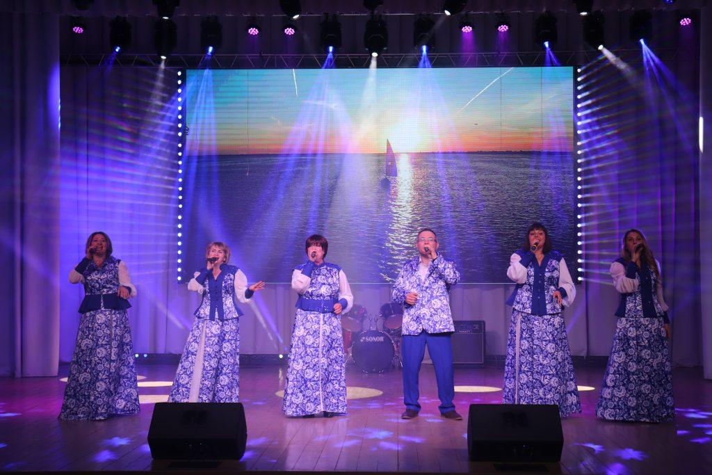 """23 апреля в МБУК """"Центр культуры"""" прошел концерт ко Дню местного самоуправления."""