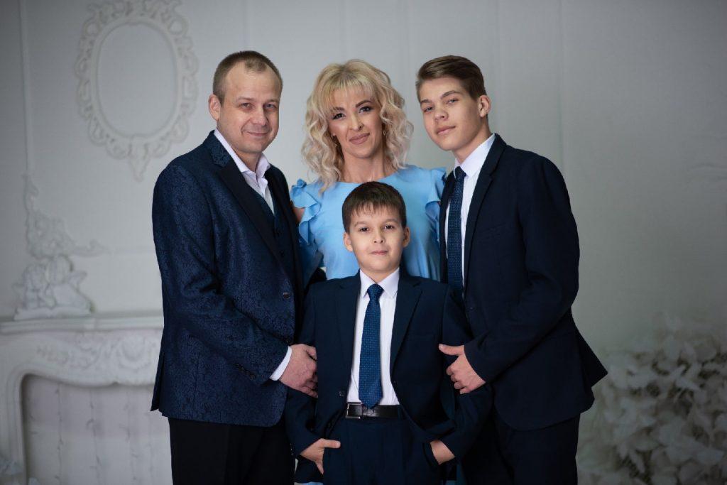 Дружная семья Гагариных присоединяется к флешмобу #МояДружнаяСемьяВолшебныйМирСемейногоСчастьяСтароеШайгово