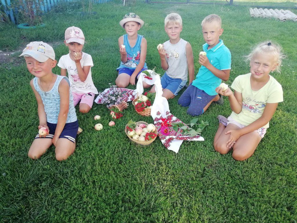Шигонский сельский клуб принимает участие в фотоконкурсе «Яблочко наливное»