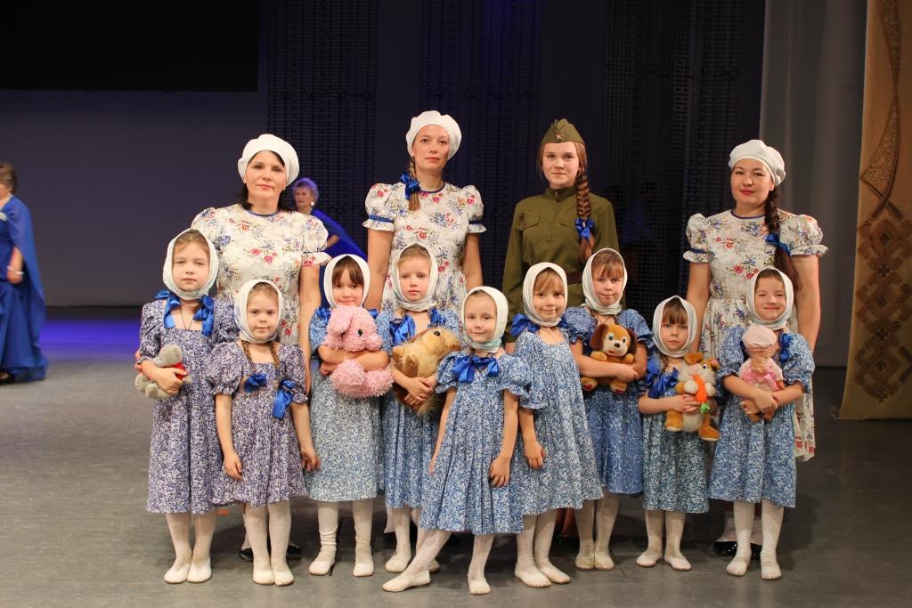 Алина Котькина и детский танцевальный коллектив «Капельки»