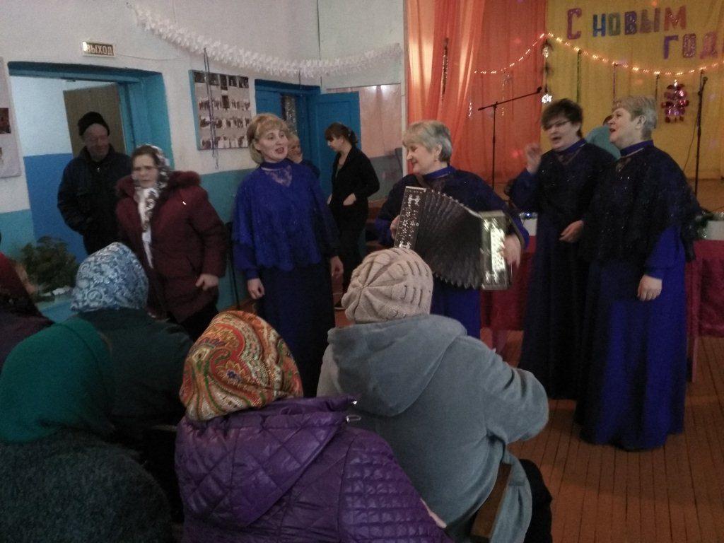 Новотроицкие «ДЕВЧАТА» в гостях у Новой Федоровки